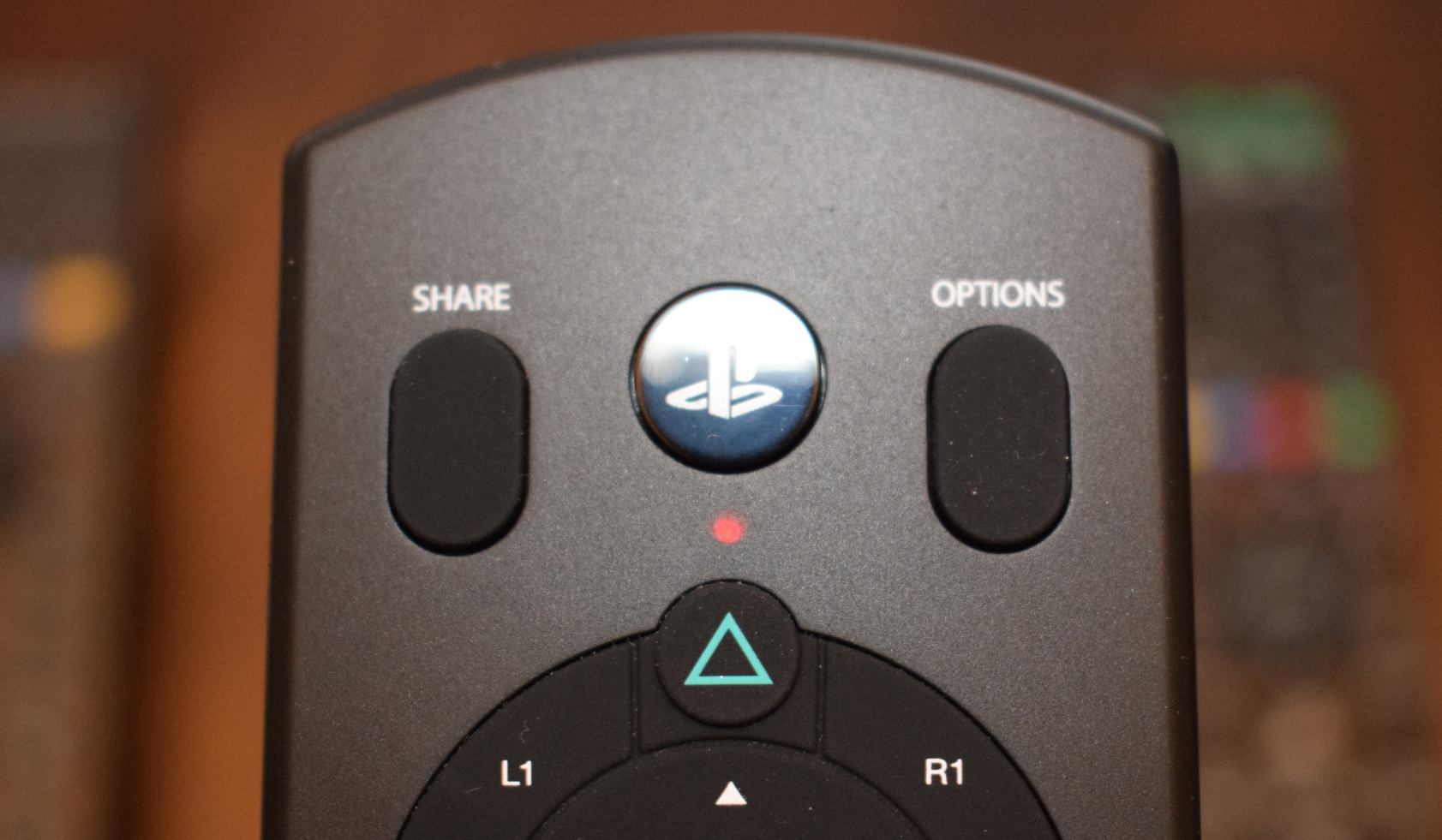 PDP Media Remote for PS4 Review - Pro - Red LED