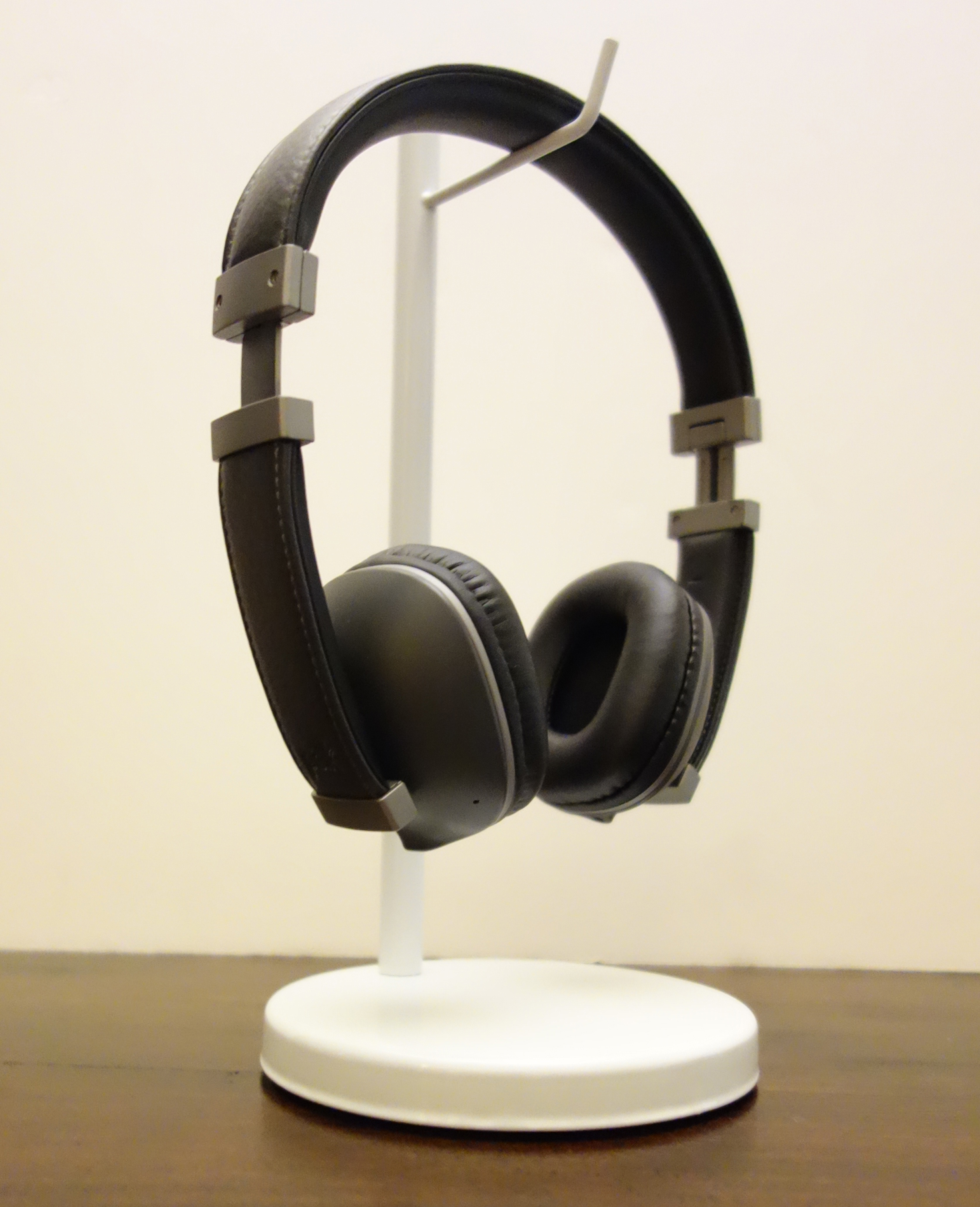 Polk Hinge Wireless Black Headset Review