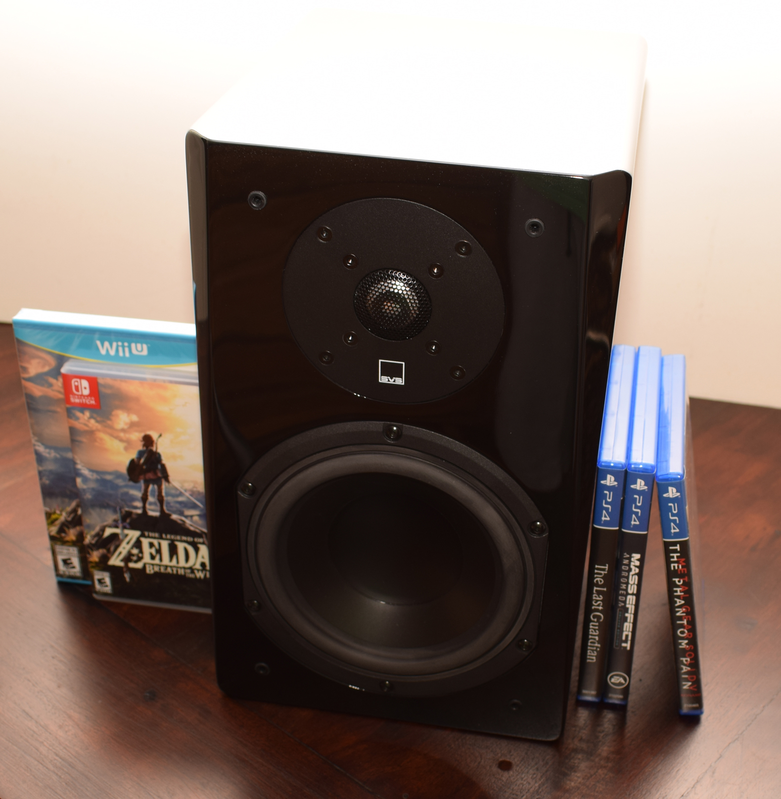 SVS Prime Bookshelf Speaker Review - No Screen With Switch & PS4